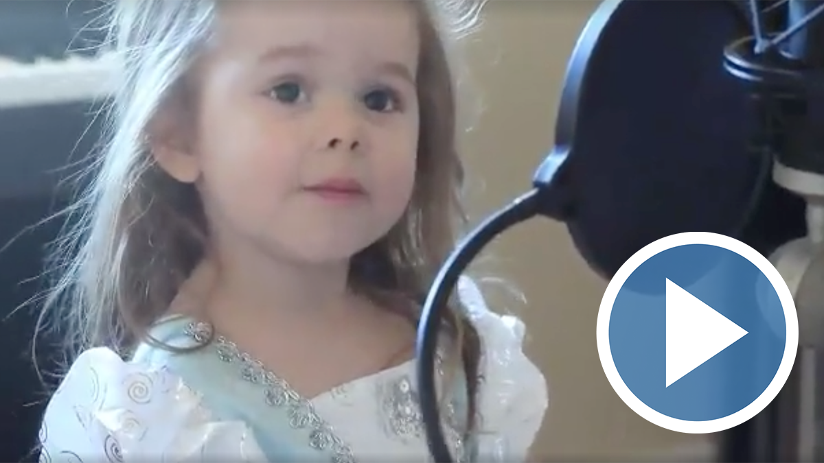 girl sings disney's part of your world
